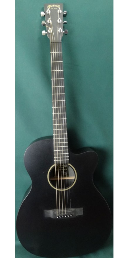 Martin 000cxe acoustic guitar