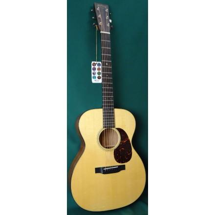 Martin 000-18 Standard Acoustic Guitar