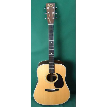 Martin D-28 Standard Series Used Acoustic Guitar