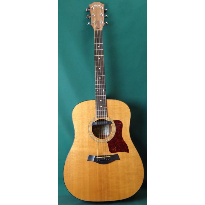 Taylor 310 Acoustic Guitar