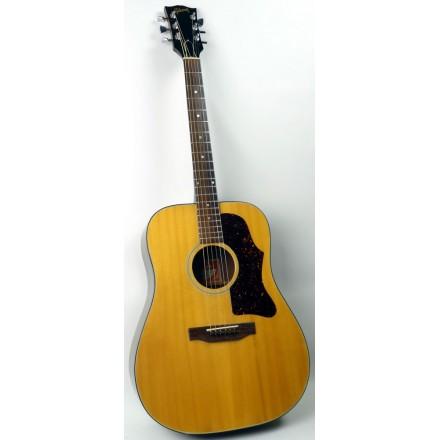 Gibson J50  Deluxe c1975